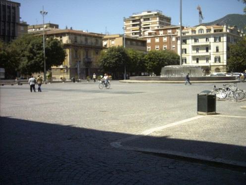 Veduta della piazza  Riqualificazione urbana a seguito della realizzazione del  parcheggio interrato